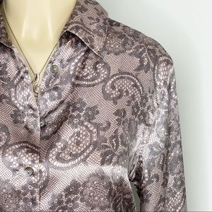 SOFT SURROUNDINGS Soft Pink Paisley Button Down SP